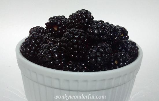 blackberry froyo ingredients