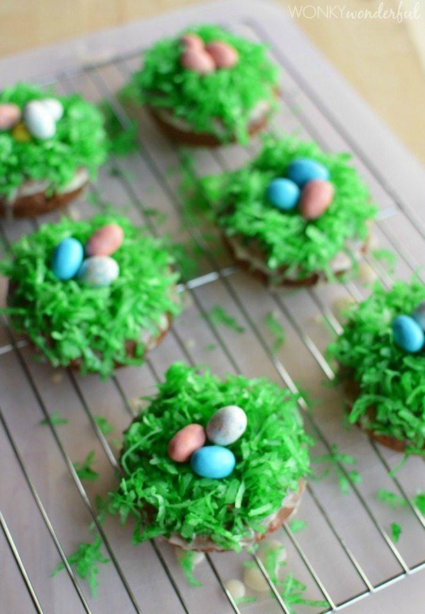 Easter Breakfast Idea - Baked Easter Donuts - Donut Recipe - wonkywonderful.com