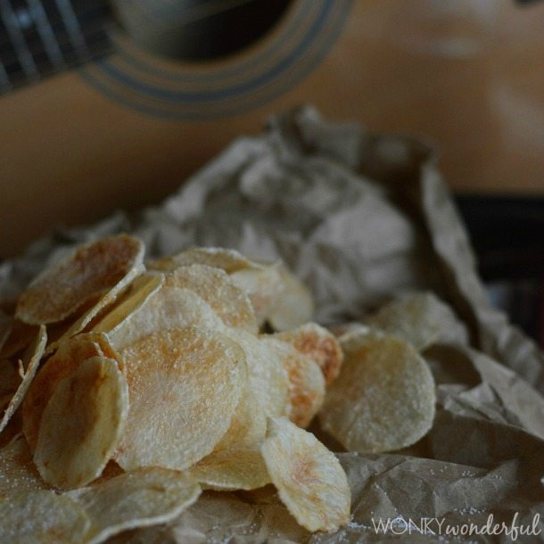 Microwave Potato Chips Salt & Vinegar Flavor - Yep, crispy chips made in the microwave! wonkywonderful.com