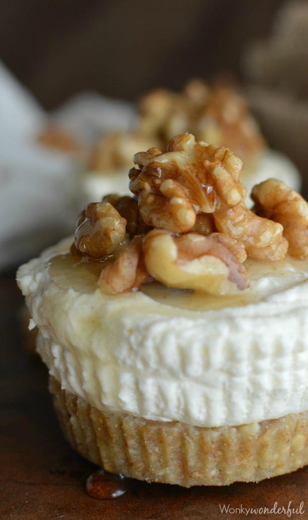 Gluten Free No Bake Cheesecake with Ricotta Honey and Walnuts : Mini Ricotta Cheesecakes with Walnut Crust : No refined sugar Dessert Recipe