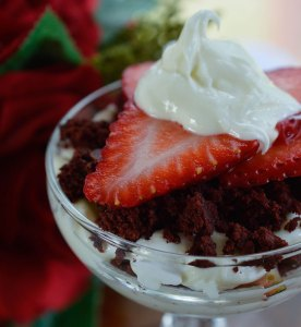 Red Velvet Trifle - Layers of red velvet chocolate brownies, cream cheese marshmallow fluff and fresh strawberries make the perfect Valentine's Day dessert recipe!