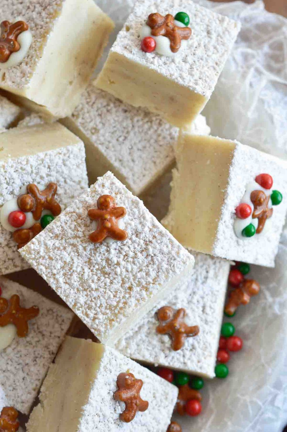 This White Chocolate Gingerbread Fudge is a fun holiday dessert. This quick and easy microwave fudge will be a new favorite holiday treat!