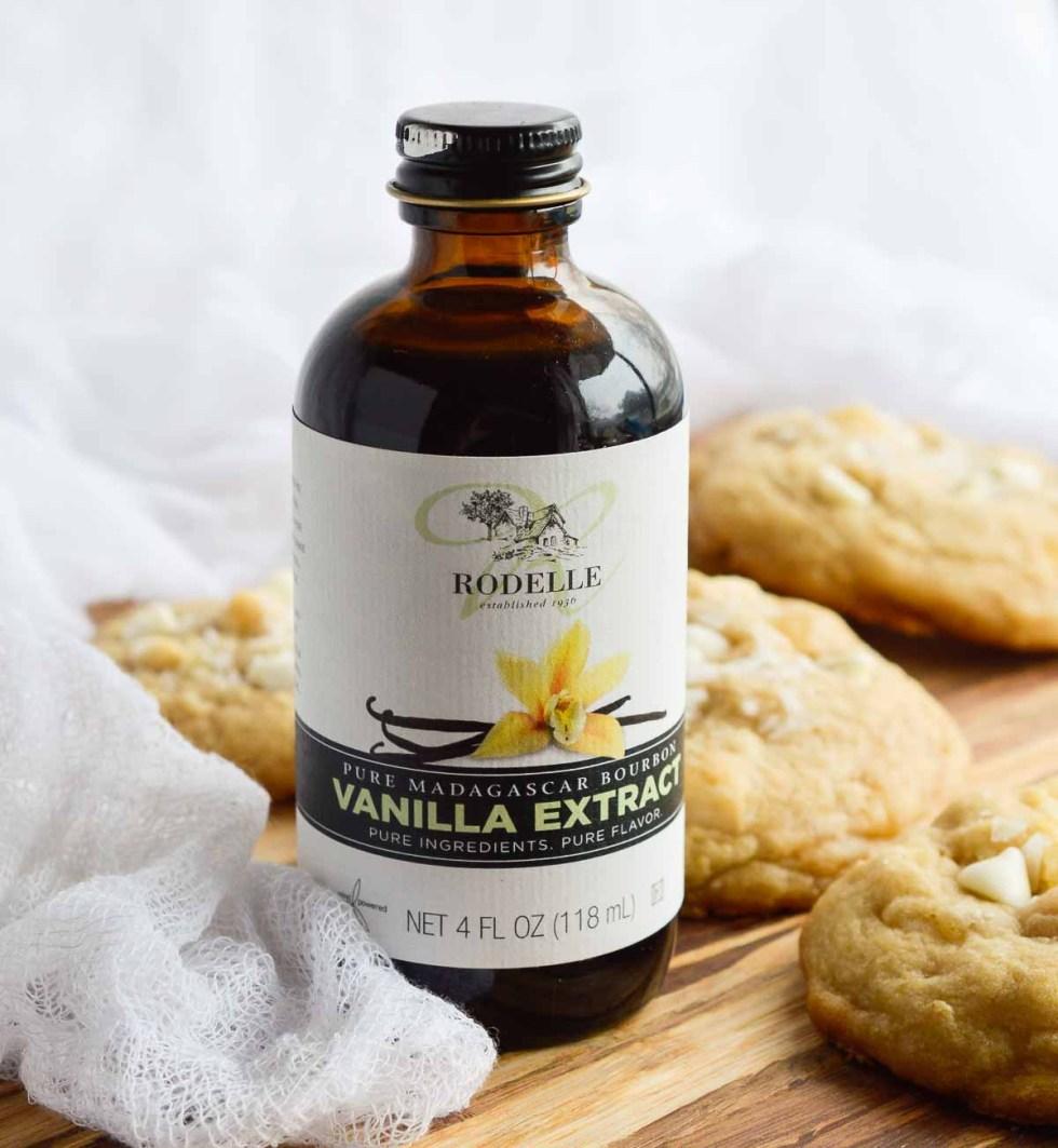Pineapple White Chocolate Macadmia Nut Cookies