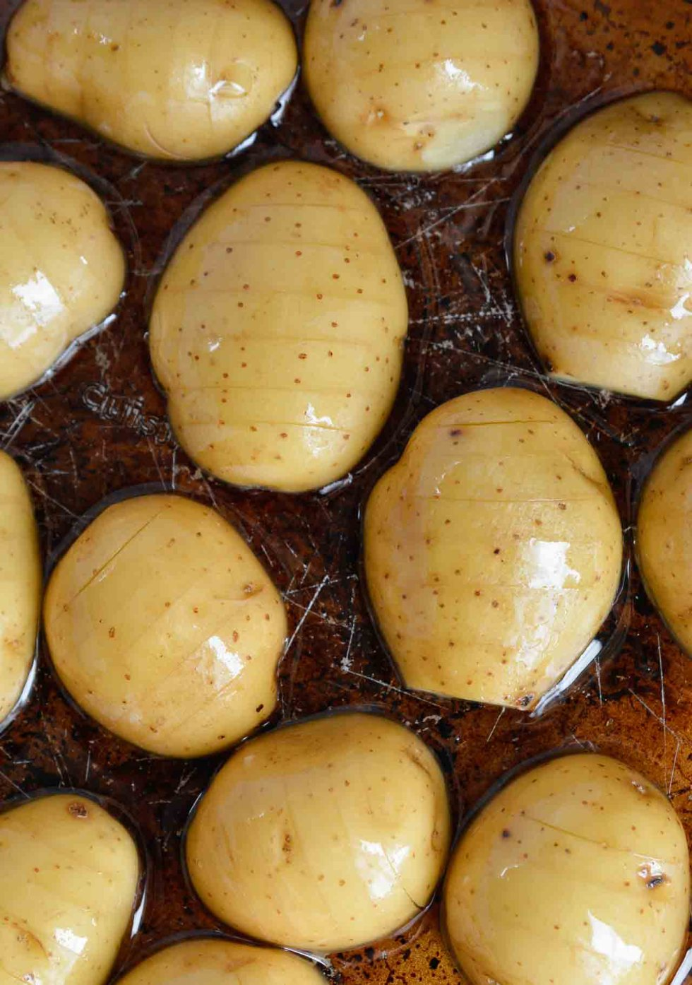 These Simple Oven Roasted Potatoes are absolute potato perfection! Golden brown and crispy on one side, creamy and dreamy on the other. This recipe is great as a side dish for just about any meal! This recipe is Whole30 compliant, Vegan, Gluten Free and Dairy Free. #dairyfreerecipes #whole30recipes