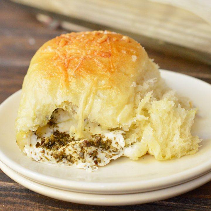 Pesto Mozzarella Stuffed Dinner Rolls