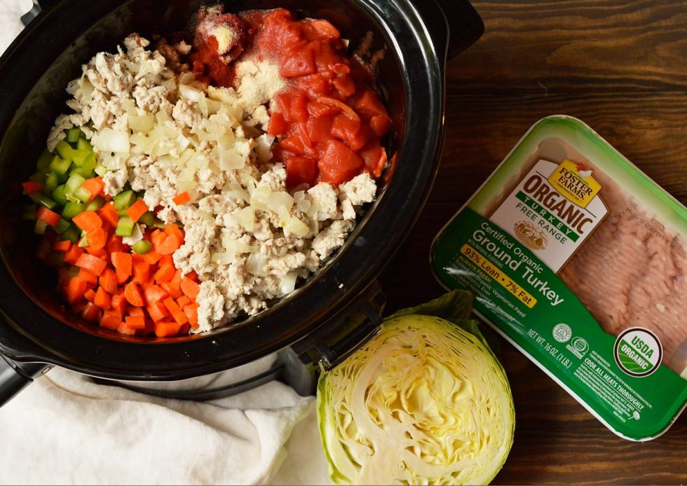 cabbage roll soup ingredients in slow cooker