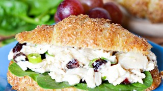 Easy Chicken Caesar Salad Sandwich Recipe