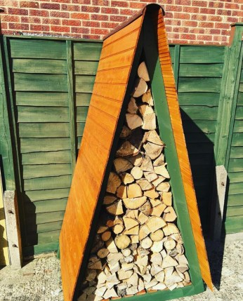 Triangle wood store