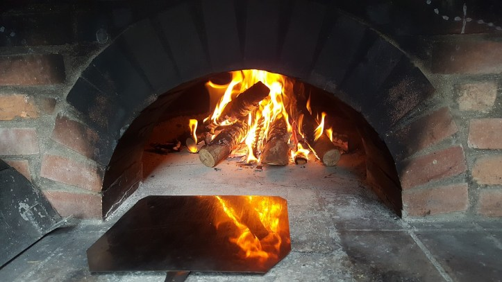 Make own pizza oven