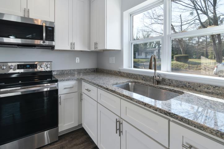 Are stainless steel ovens easy to clean?