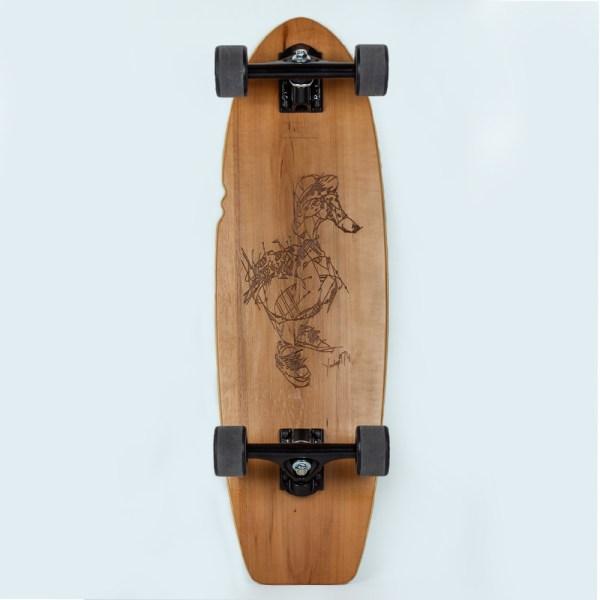 Skateboard avec une gravure laser