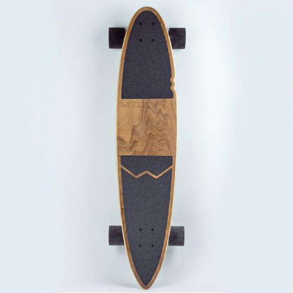Longboard en bois vue de face