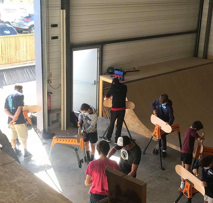 Stage de fabrication de skateboard