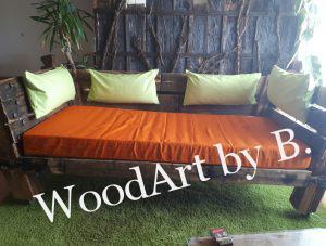 Sofa-Couch-Gaestebett-ChillOutLounge