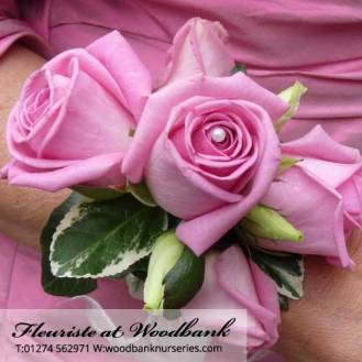 Fleuriste-wedding-flowers-bingley-florist-12