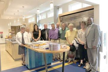 Woodbridge and West Haven Rotary Clubs Deliver Hot Meals