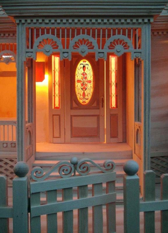 stained glass Victorian Dollhouse woodworking plan