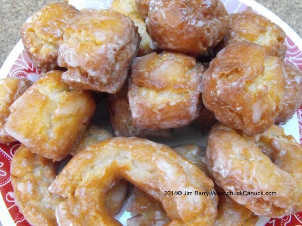 Sour cream cake donuts and lemon Jim Bits