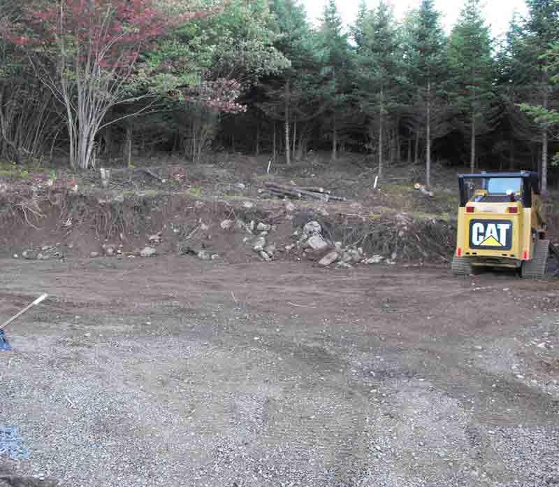 CAT 257B2 skidsteer,landscaping