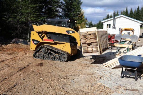 skidsteer,lumber