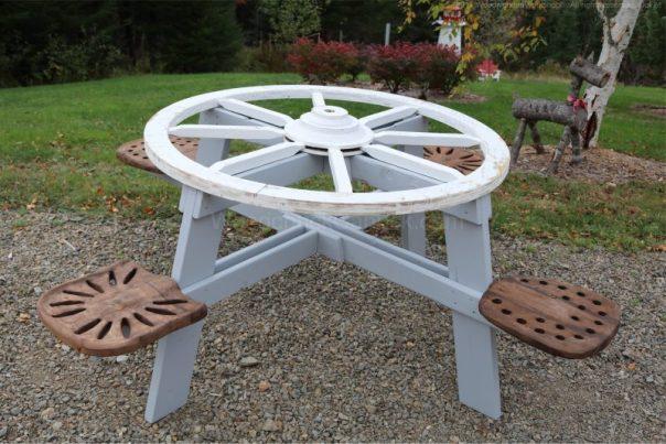 wagon wheel picnic table