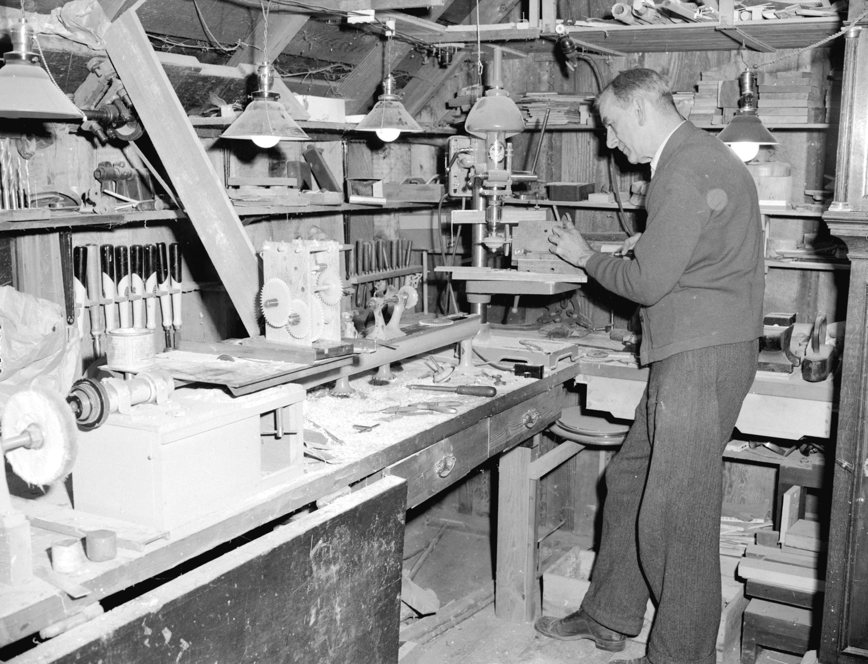 1941, Colonel Broome in carpenter workshop