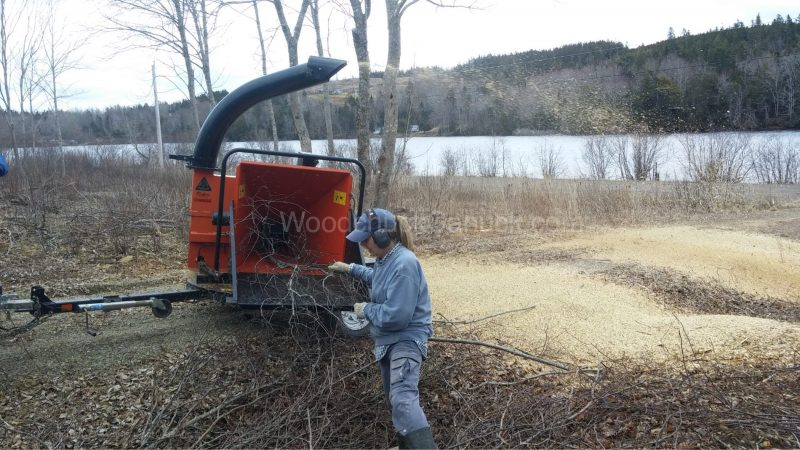 woodchipping,wood chipper