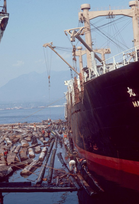 1970 Freighter and log boom.