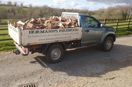 Firewood delivery trucks (UK)