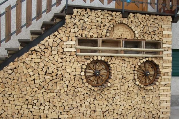 Even a pile of wood can become a work of art.