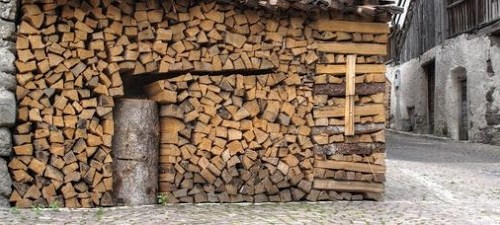 Creative ideas for stacking piles of split firewood.
