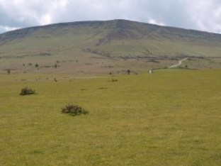 ....and climbing towards Hay Bluff