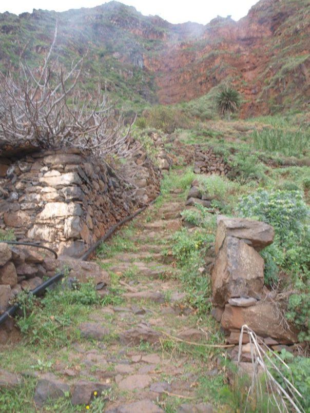 Climbing away from Agulo