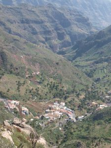 Imada sitting in the Barranco de Guarimar