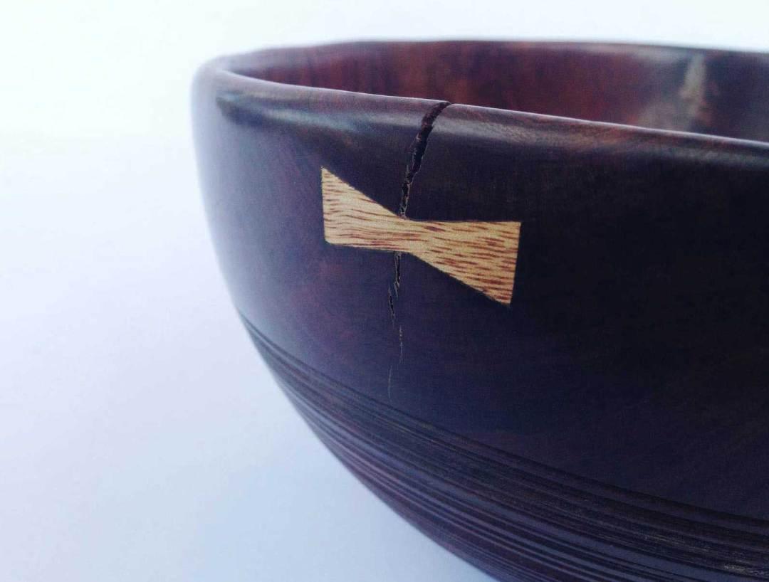 Pohutukawa Bowl with Dovetaill Detail No117 (2016)