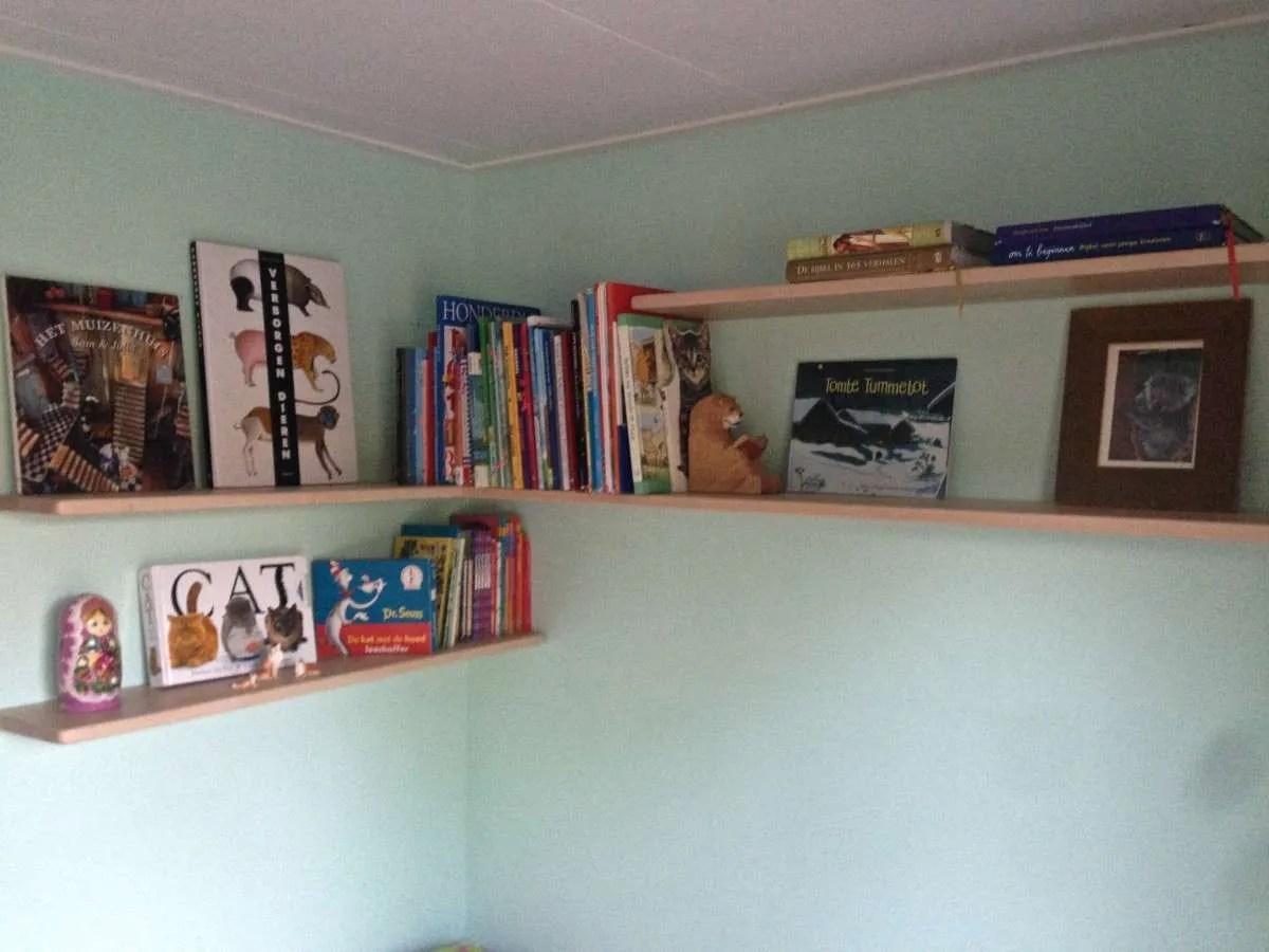 Zwevende Wandplanken Op Maat.Wandplank Op Maat Montage Wandplank Op Maat Boekenplankenopmaat Nl