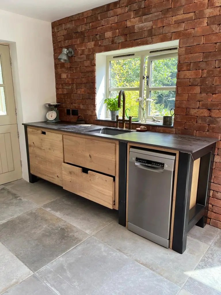 How to bring your kitchen to life with an industrial style kitchen
