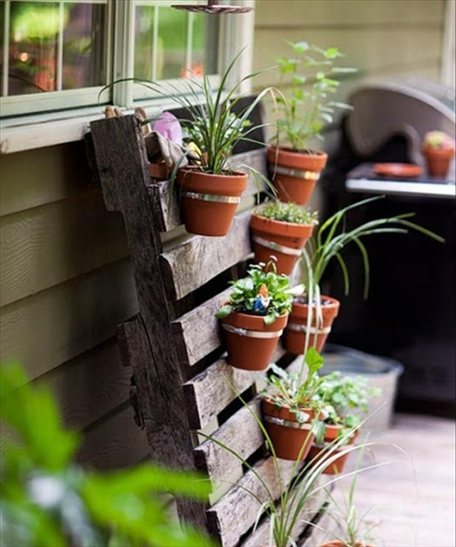 hanging chair trolley steel in slab garden styling with pallet vertical planter | wooden furniture