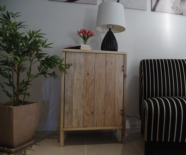 diy pallet living room furniture regency cabinet side table wooden recycled