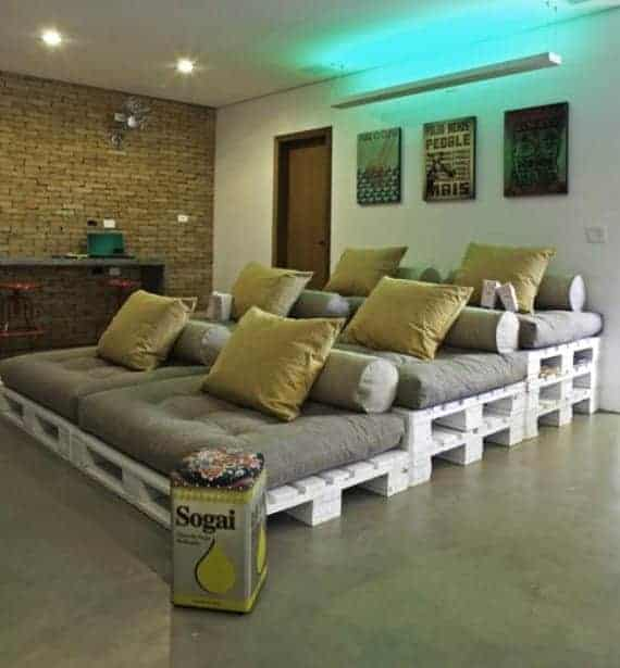 Pallet Sofa Seats For Movie Room