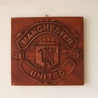 Лого на футболен клуб от дърво