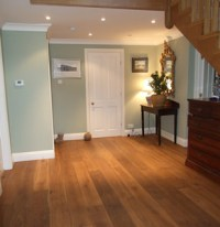 Puro antico aged oak planks for a house in Guildford