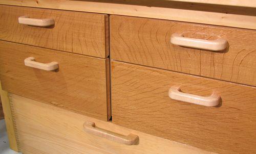 Making wooden drawer handles