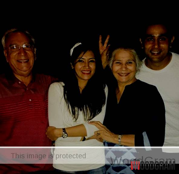 Parakh Madan With Parents And husband