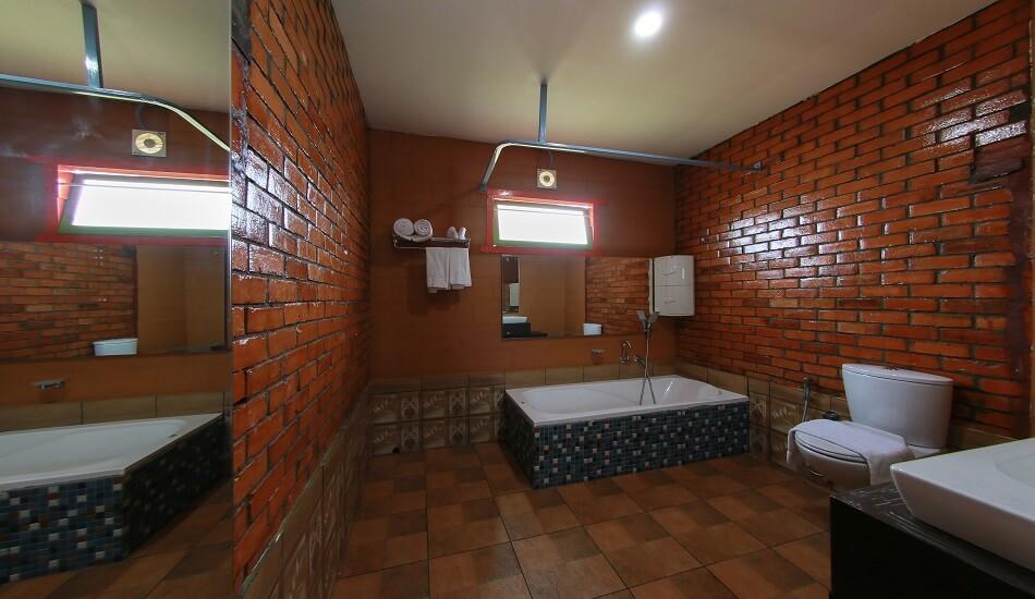Ashoka - Bathroom3