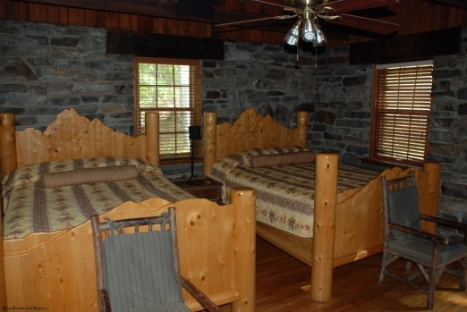 31cabin_bedroom