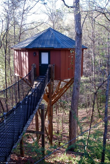 treehouse_exterior