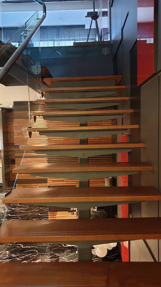 Kayu Merbau for staircase 38mm x 295/300mm by WoodMalaysia