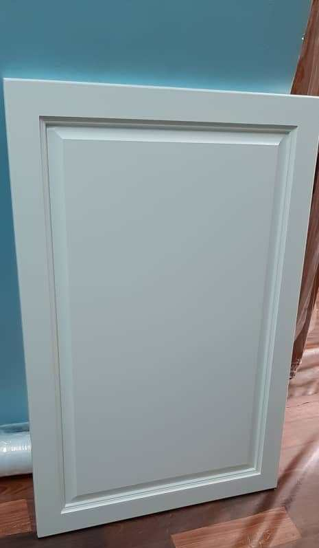 Wainscoting Panel With Spray White