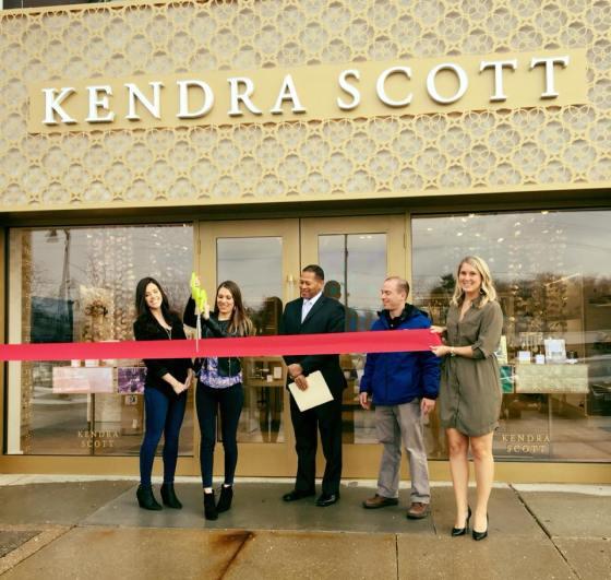 Kendra Scott Ribbon Cutting Village of Woodmere Mayor Holbert